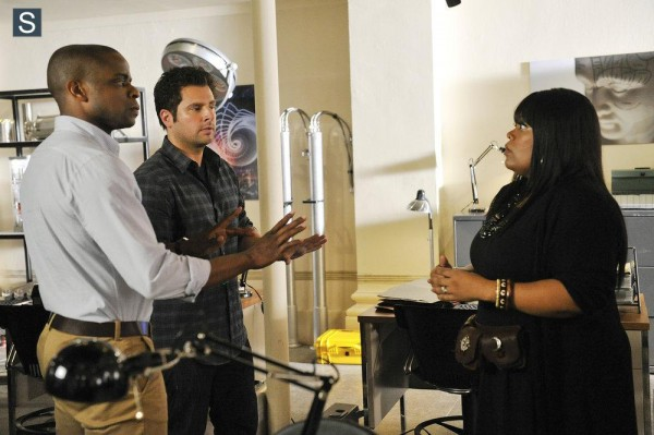 Psych - Episode 8.08 - A Touch of Sweevil - Promotional Photos (10)_FULL