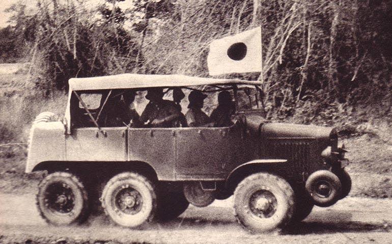 Laffly Tracteur S35 utilisé par les Japonais