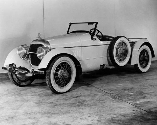 1919 Cunningham DePalma Speedster.