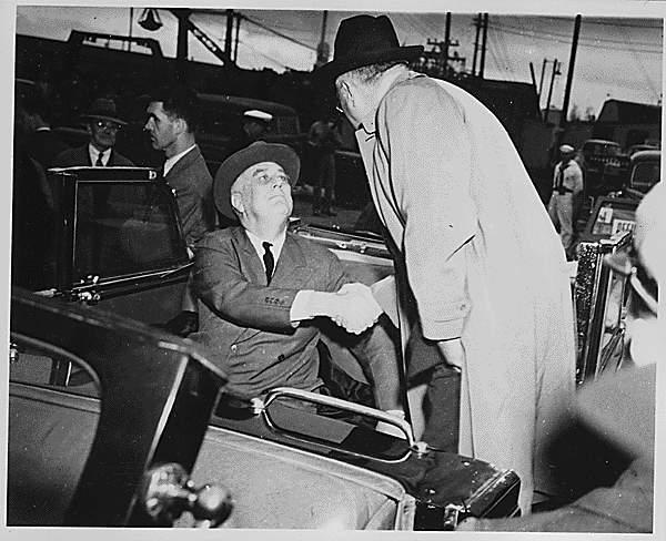 Губернатор Хейл с Рузвельтом в Милуоки - 09.19.1942