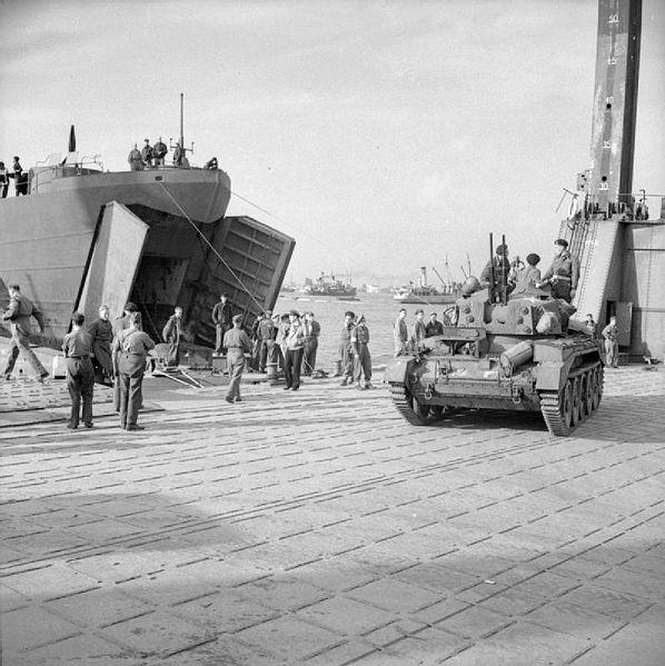 Crusader-AA-1944
