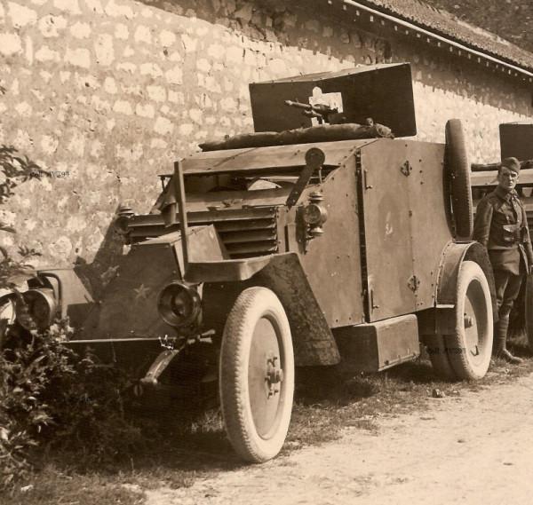 "Пулемётный БА \\""Рено\\"" 1915 года"