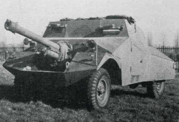 Morris Firefly - экспериментальная установка орудия QF 6 pounder на легкий бронеавтомобиль Morris LRC.