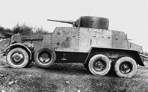 Опытный образец бронеавтомобиля БА-5, вид сбоку. Ижорский завод, весна 1935 года