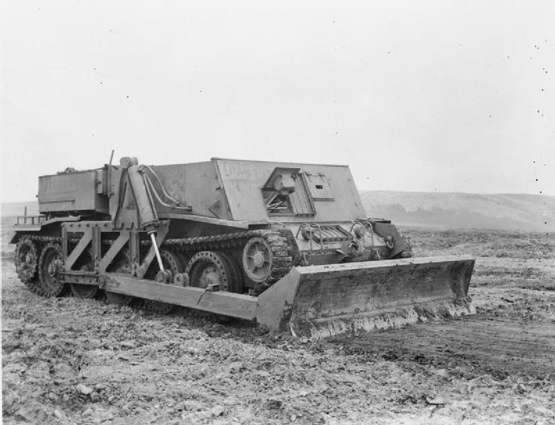 Crusader-gun-tractor