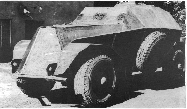 Marmon-Herrington Armored Car Mk.VII.png