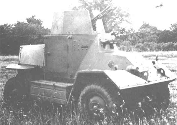Experiment from Morris with a one man car and a single MG. No production..jpg