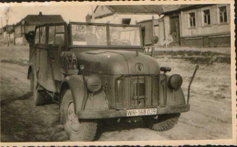 Австрийский `Штайер` 1500 Вермахта.jpg