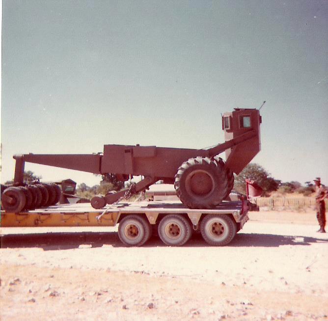 Hottentotsgod   Praying Mantis mine clearance roller.jpg