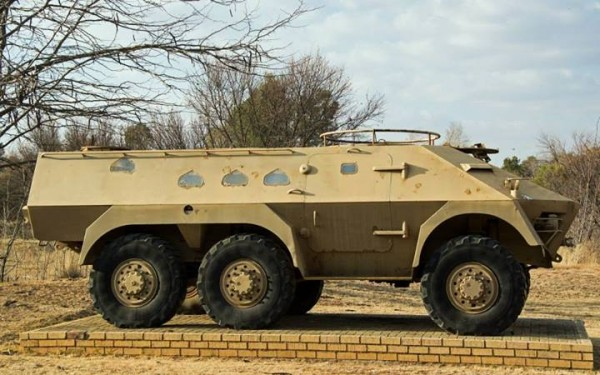 Springfield Bussing prototype, or forefather of the Ratel..jpg