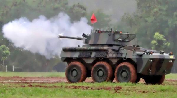 Panser Badak buatan PT Pindad7.jpg