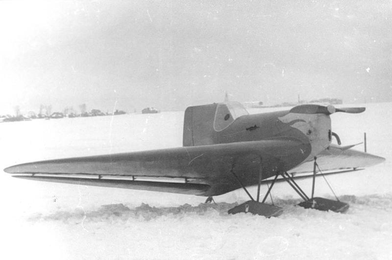 Авиэтка конструктора Черановского очень увлеченного самолетами разного вида безхвосток и летающих крыльев особенно в 30е годы
