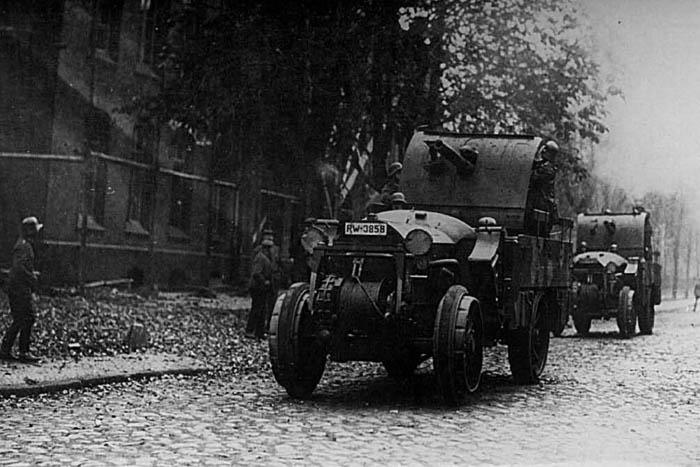 kraftwagen19_6.jpg