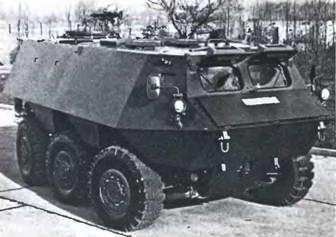 Бронетранспортер GB TPz1 фирмы Бюссинг, 6X6,1965 г..jpg