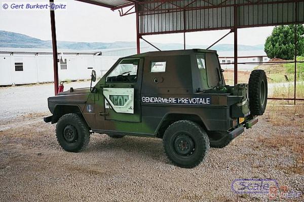 Военная полиция французского контингента EUFOR в Конго или Чаде.jpg