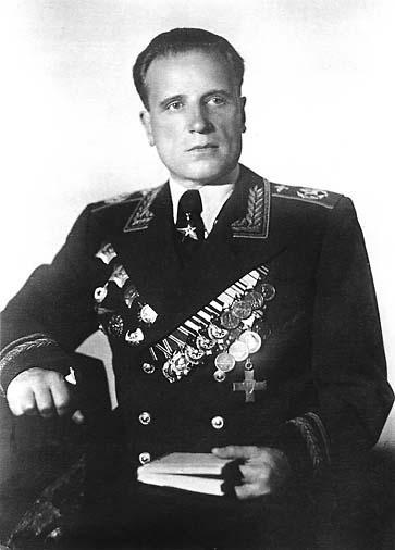 Главный маршал авиации СССР Александр Евгеньевич Голованов