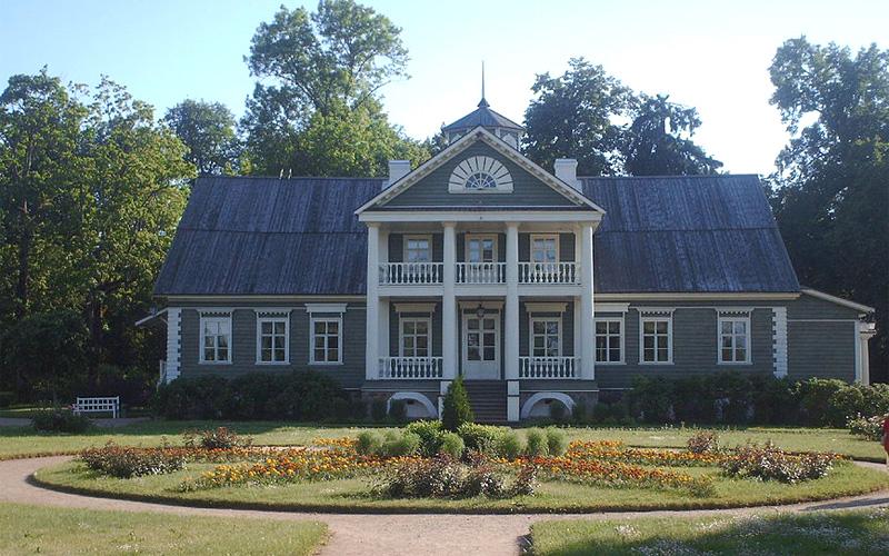 Усадьба Петровское, поместье Ганнибалов