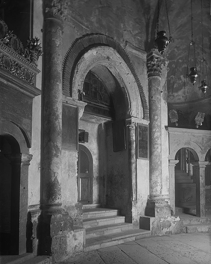 Подземная крипта