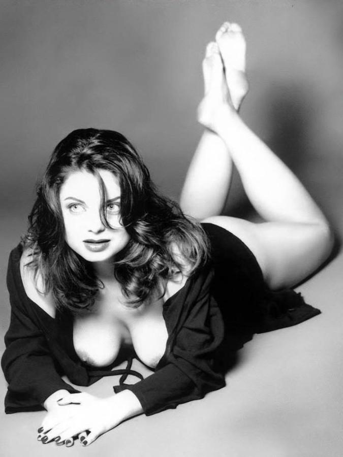 foto-natasha-koroleva-golaya-porno-film-smotret-vintazh