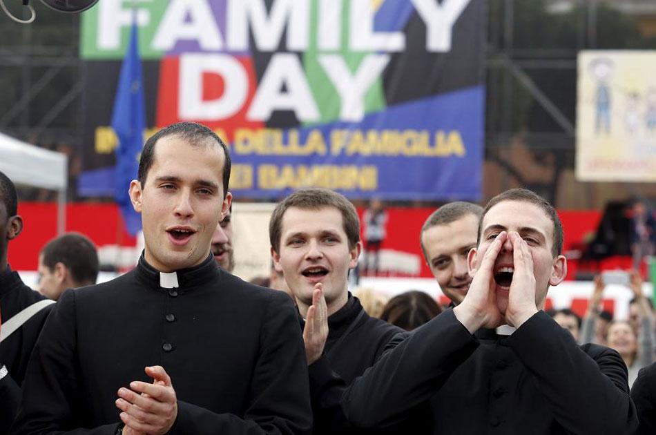 Почему западная европа поощряет гомосексуализм
