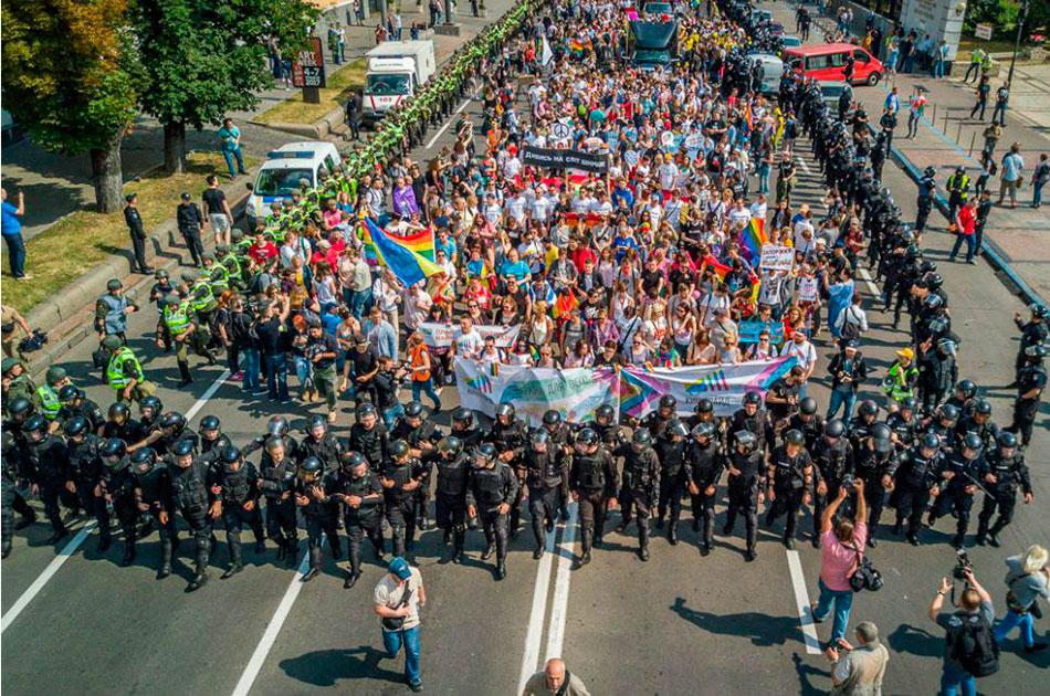 молодежь и секс в украине и россии