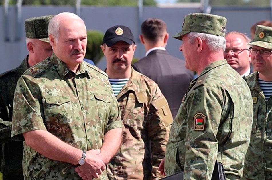 Лукашенко на границе