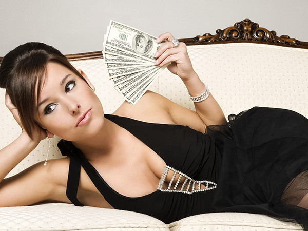 девушка и деньги 2