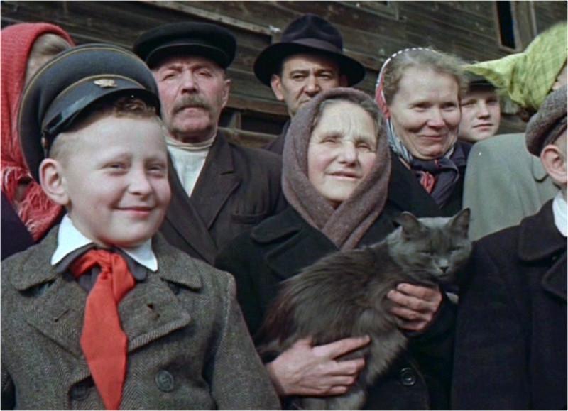Советские люди на цветной кинохронике 1956 года. Это надо видеть!
