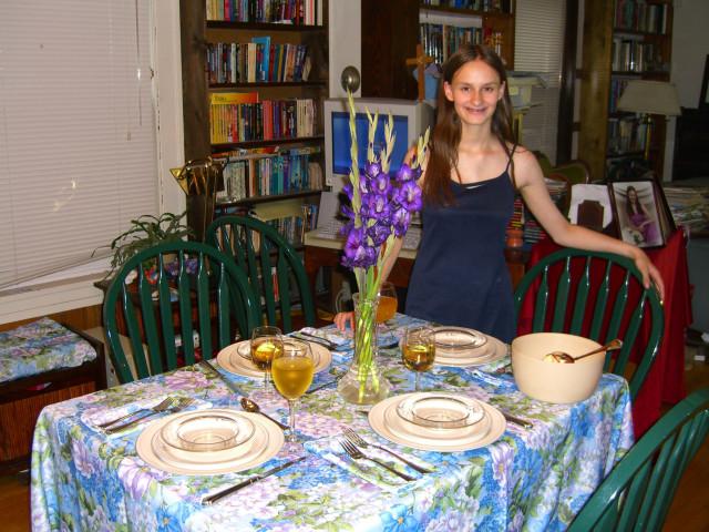Fiona serves dinner July 21, 2008