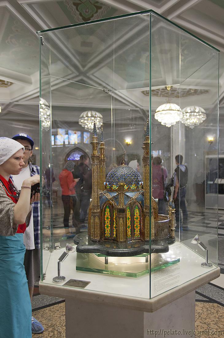 Макет мечети