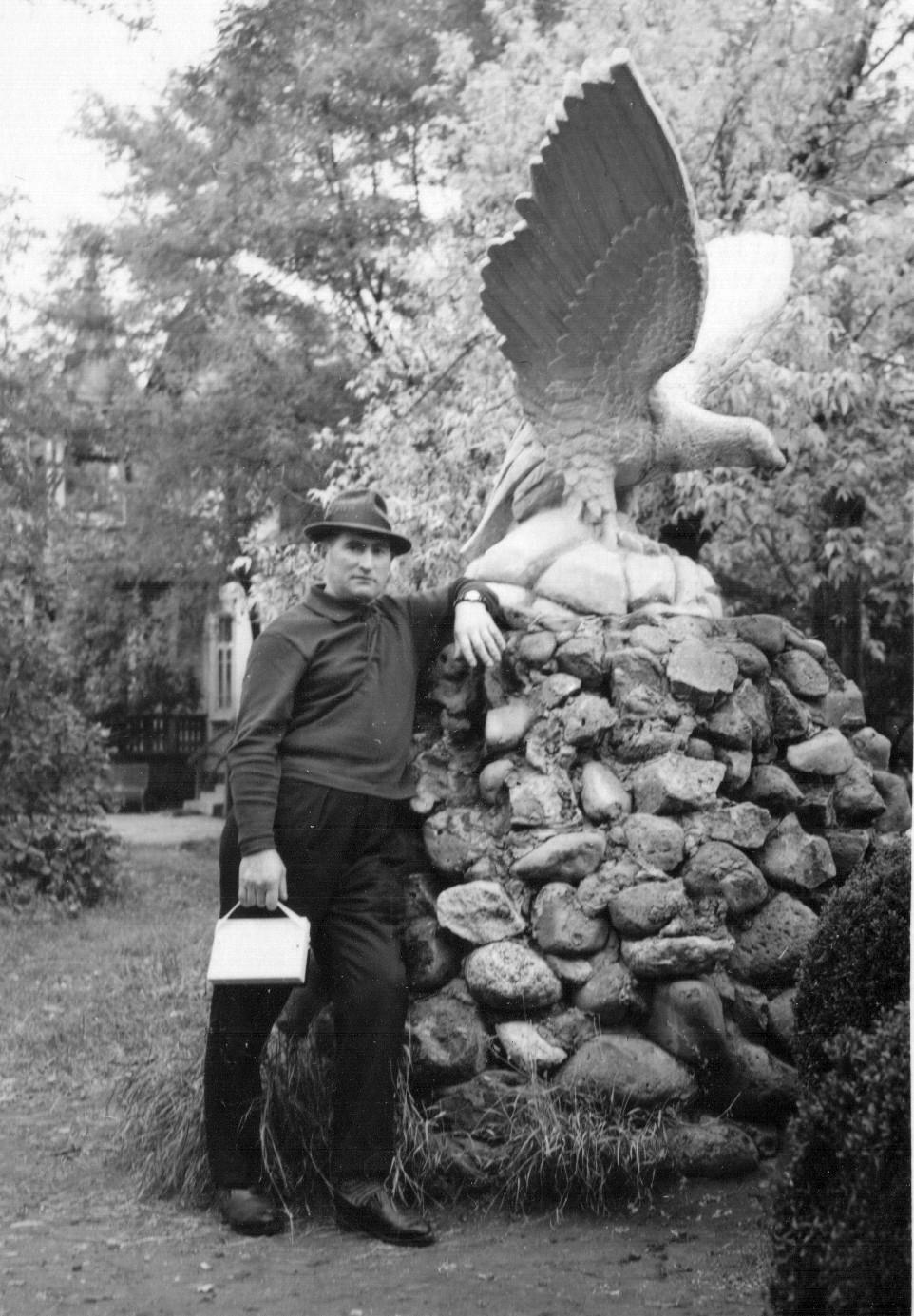 С орлом на пару. Пятигорск. 1965.