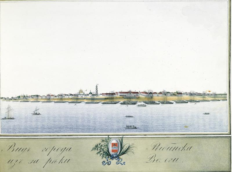 Вид города Рыбинска из-за реки Волги.