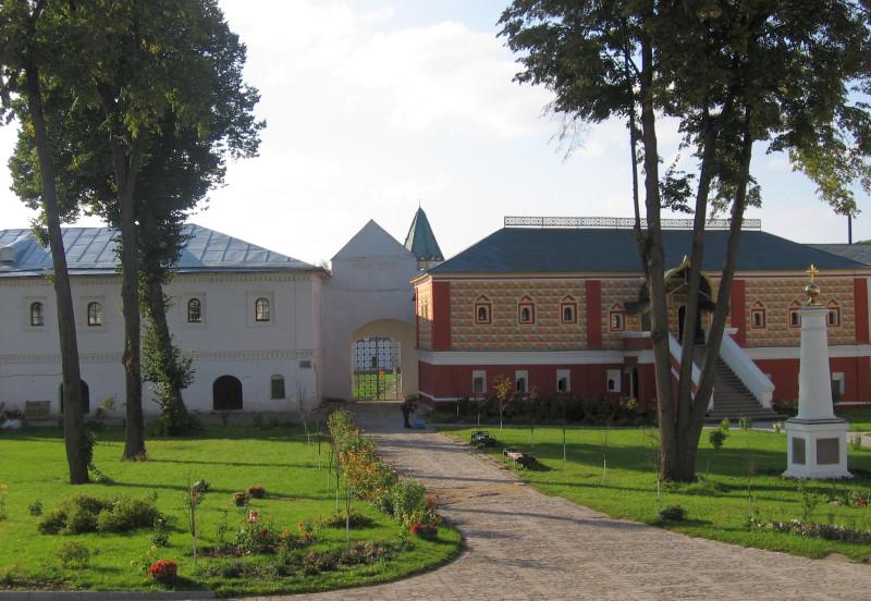 Кострома. В Ипатьевском монастыре. Сентябрь 2007 г.