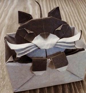 Кошка-крошка - миниатюрная Кэти глазами оригамиста и глазами фотографа. Москва