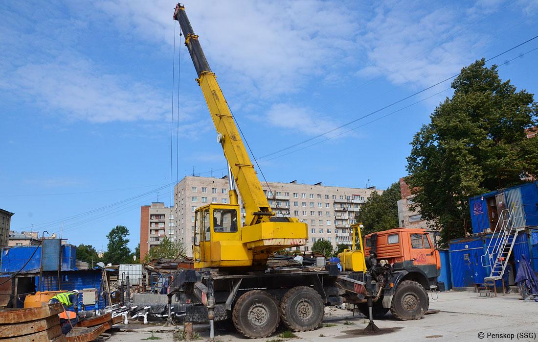 Как строится оранжевая 4-я линия метро (Большой проспект ВО)