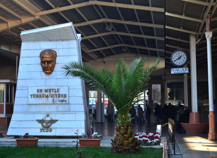 Ататюрк и Дэн Сяопин по совместительству