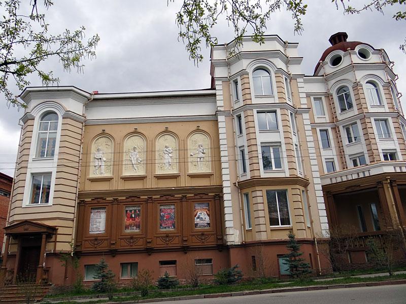 033-Здание-театра-Версия