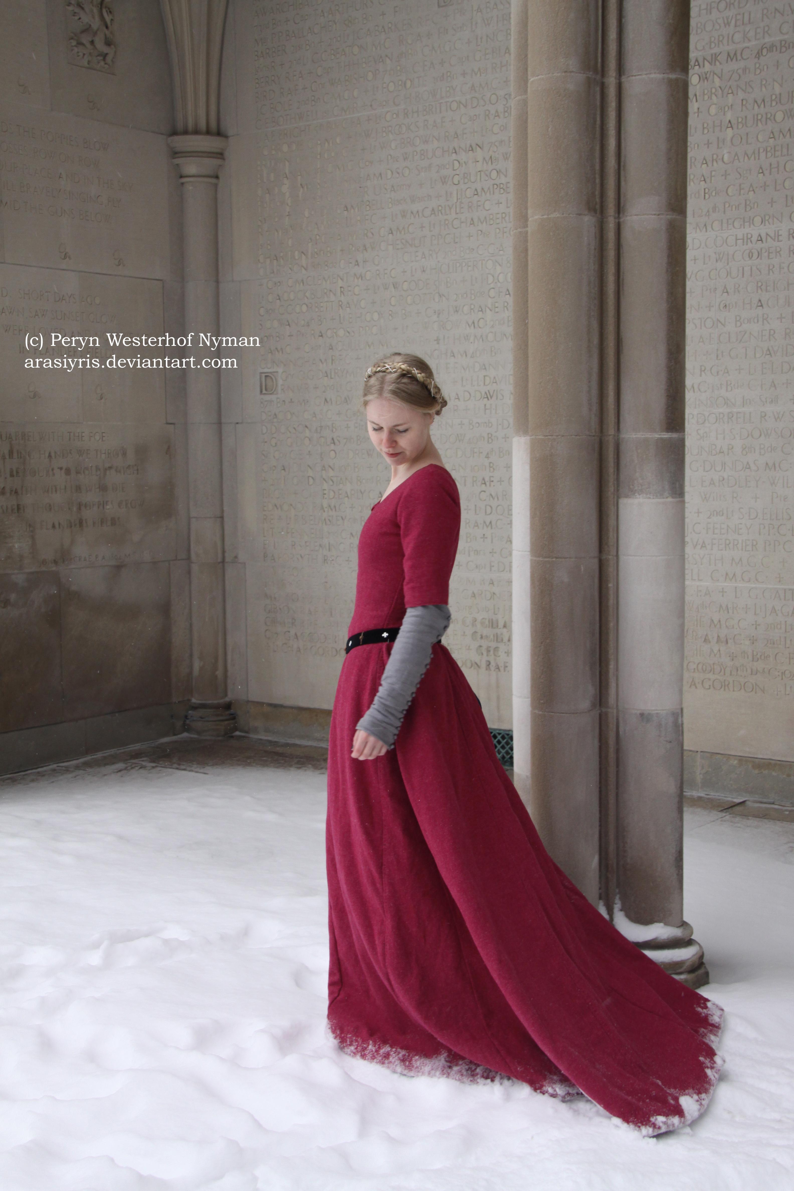 Isabel Northwode Costumes: Wool Cotehardie and Liripipe Hood