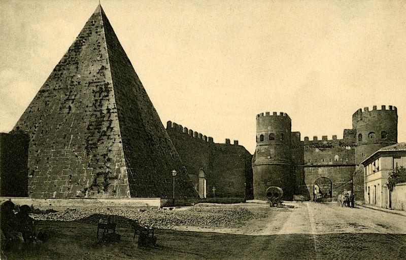 Piramidecestia80