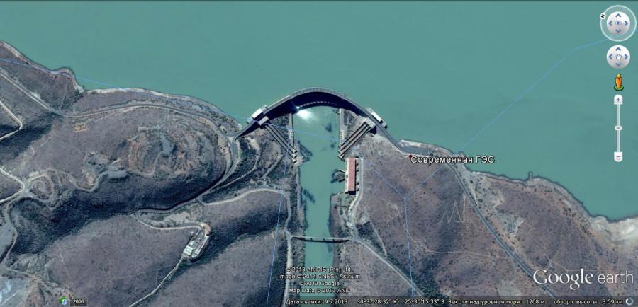 Современная ГЭС в той же Африке.