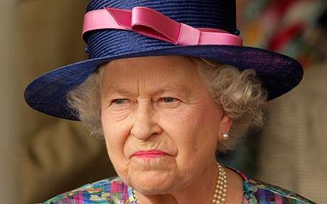 queen-elizabeth-unhappy
