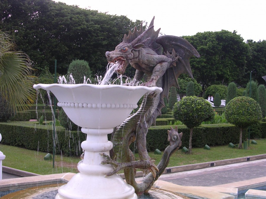 Sg_sentosa_dragon_mfountain (1)