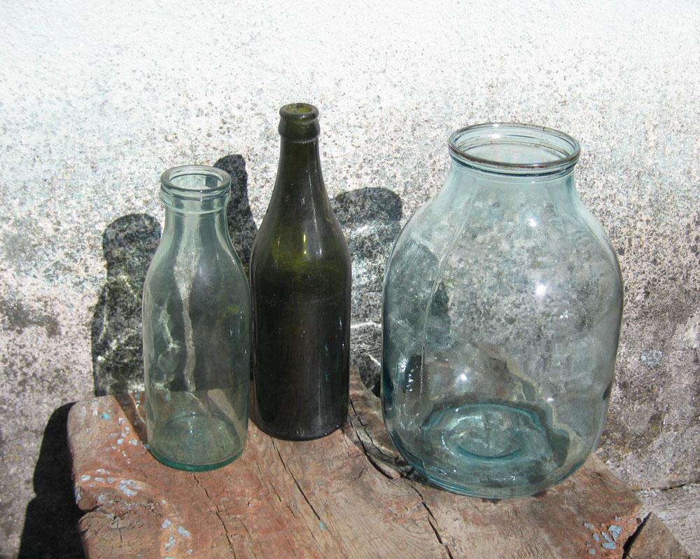 Бутылки-и-банка