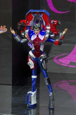 Miss-USA-Erin-Brady-in-Transformers-costume