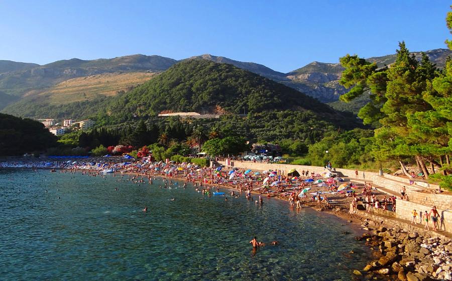 Поселок чань черногория фото