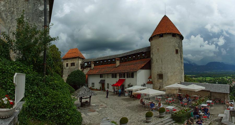 Озеро Блед, Бледский Замок, Словения (14).jpg