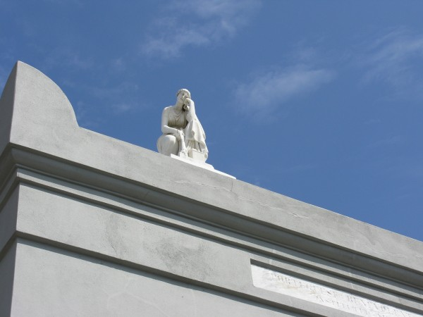 NOLA cemetery statue1 - Daydream 40%