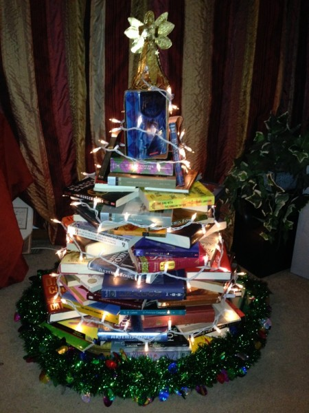 book-christmas-tree-step-5