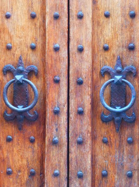 P1060302 Door - 50%