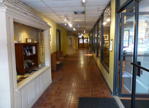 P1350611 LFL Hallway, cropped 40%.jpg